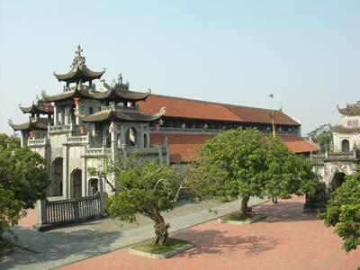 Tour Du Lịch Ninh Binh: Hà Nội - Hoa Lư - Bích Động - Nhà Thờ Phát Diệm (2 Ngày 1 Đêm)